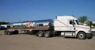 Semi-trailer truck with food grade tank